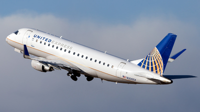 A picture of N200SY - Embraer E175LR - United Airlines - © HA-KLS