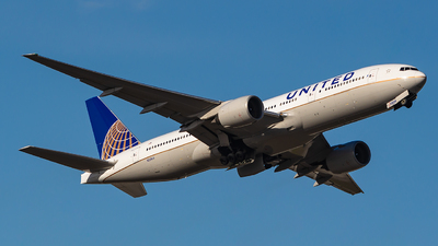 A picture of N228UA - Boeing 777222(ER) - United Airlines - © Houstoniahspotter