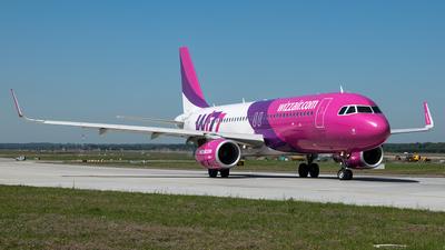 HA-LWT - Airbus A320-232 - Wizz Air