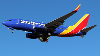 N427WN - Boeing 737-7H4 - Southwest Airlines