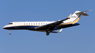 N703DS - Bombardier BD-700-1A10 Global Express XRS - Private