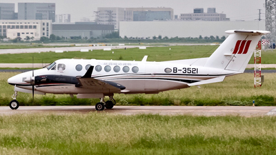 B-3521 - Beechcraft 300 Super King Air - Shaanxi Jinggong General Aviation