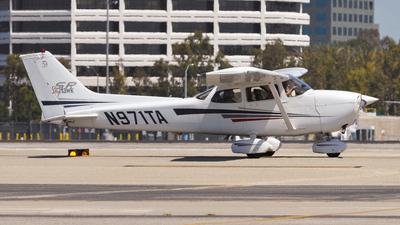 A picture of N971TA - Cessna 172S Skyhawk SP - [172S9170] - © Yunxia Liu