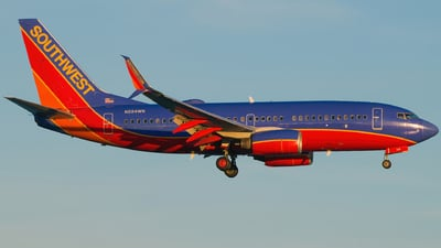 A picture of N284WN - Boeing 7377H4 - Southwest Airlines - © Gautham Kurup