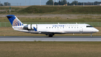 A picture of N905SW - Bombardier CRJ200LR - United Airlines - © zhangmx969
