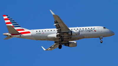 A picture of N113HQ - Embraer E175LR - American Airlines - © Jeremy D. Dando