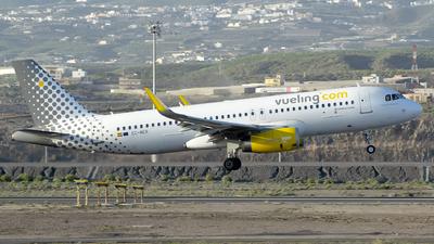 EC-MER - Airbus A320-232 - Vueling