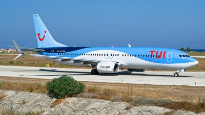 A picture of DATUK - Boeing 7378K5 - TUI fly - © Martin Bernict