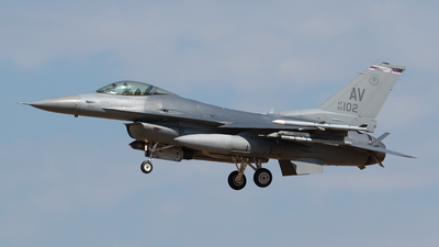 89-2102 - General Dynamics F-16CG Fighting Falcon - United States - US Air Force (USAF)