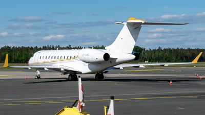 LX-AMG - Bombardier BD-700-1A10 Global Express XRS - Luxaviation