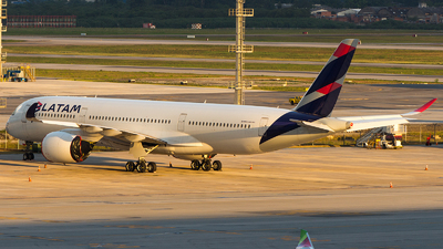 A picture of A7AMA - Airbus A350941 - [079] - © Juan Cosmo   PSW Aviation