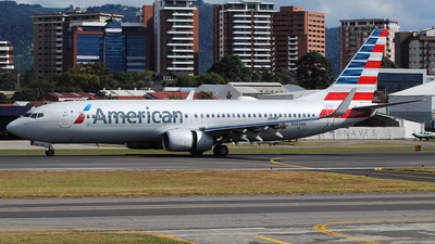 A picture of N969AN - Boeing 737823 - American Airlines - © Brian Boche
