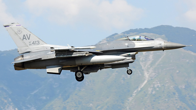 88-0413 - General Dynamics F-16CG Fighting Falcon - United States - US Air Force (USAF)