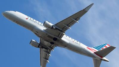 N425YX - Embraer 170-200LR - American Eagle (Republic Airways)