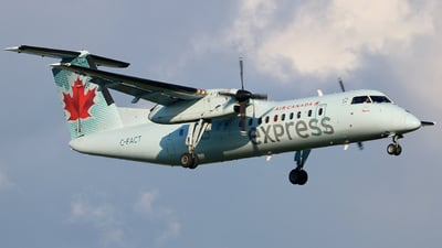 A picture of CFACT - De Havilland Canada Dash 8300 - Air Canada - © VictorNewman