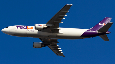 A picture of N664FE - Airbus A300F4605R - FedEx - © Conor Clancy