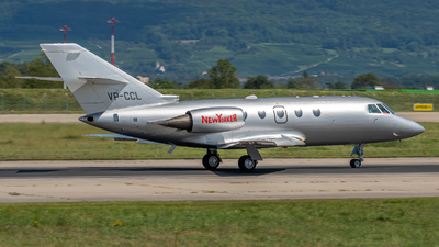 VP-CCL - Dassault Falcon 200 - Private
