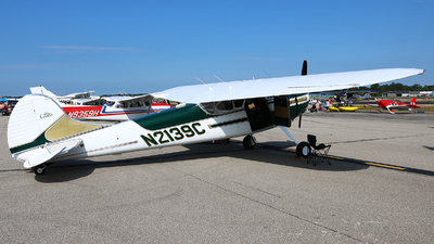 N2139C - Cessna 195B - Private