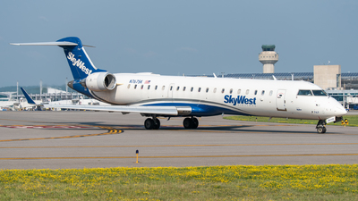 A picture of N767SK - Mitsubishi CRJ701ER - SkyWest Airlines - © Jake  Sevigny