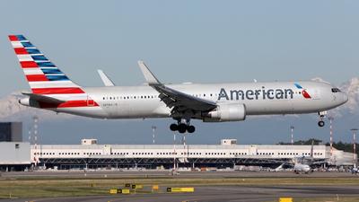 N373AA - Boeing 767-323(ER) - American Airlines