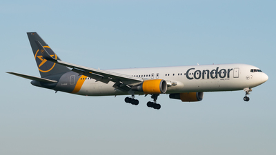A picture of DABUP - Boeing 7673Q8(ER) - Condor - © LukᚠVardžák