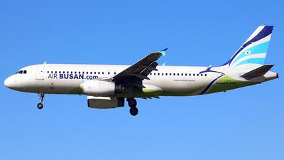 HL7753 - Airbus A320-232 - Air Busan