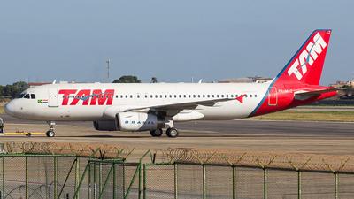 A picture of PRMAZ - Airbus A320232 - [02513] - © Rafael Costa / PSW Aviation