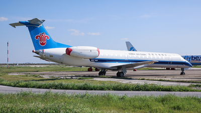 2-RLAD - Embraer ERJ-145LR - China Southern Airlines