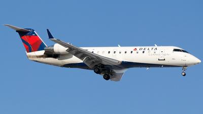 A picture of N429SW - Mitsubishi CRJ200LR - Delta Air Lines - © Alec Mollenhauer