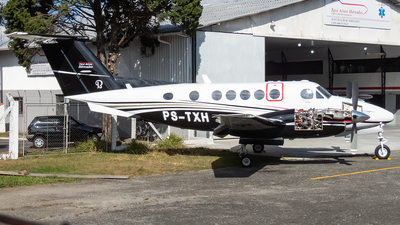 PS-TXH - Beechcraft 200 Super King Air - Táxi Aéreo Hércules