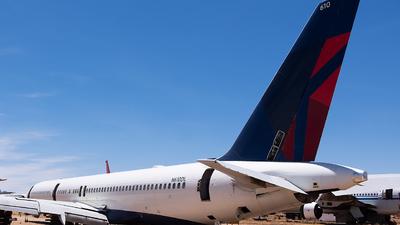 N610DL - Boeing 757-232 - Untitled
