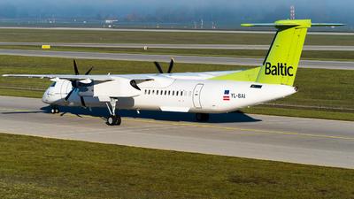 YL-BAI - Bombardier Dash 8-Q402 - Air Baltic