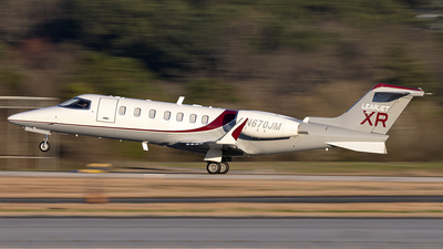 A picture of N670JM - Learjet 40 - [452005] - © PeachAir