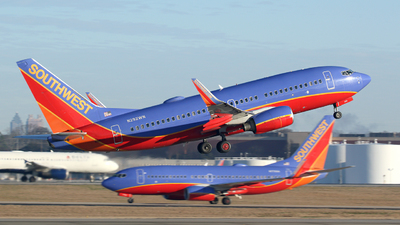 N292WN - Boeing 737-7H4 - Southwest Airlines