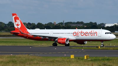 D-ABCM - Airbus A321-211 - Air Berlin