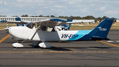A picture of VHEOP - Cessna 172S Skyhawk SP - [172S10022] - © Michael Walter