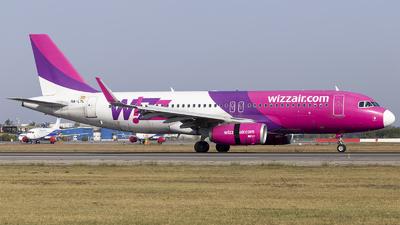 A picture of HALYL - Airbus A320232 - Wizz Air - © Loredana Cioclei
