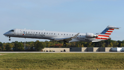 A picture of N580NN - Bombardier CRJ900LR - American Airlines - © DJ Reed - OPShots Photo Team