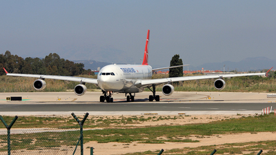 TC-JII - Airbus A340-313 - Turkish Airlines