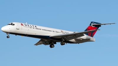 N954AT - Boeing 717-2BD - Delta Air Lines