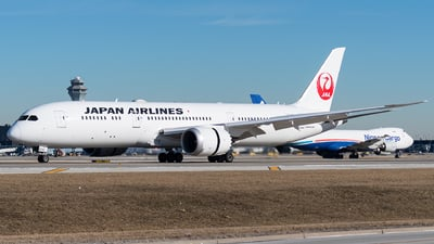 A picture of JA874J - Boeing 7879 Dreamliner - Japan Airlines - © bill wang