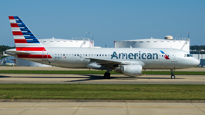 A picture of N118US - Airbus A320214 - American Airlines - © Devin R