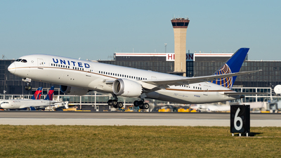 N15969 - Boeing 787-9 Dreamliner - United Airlines