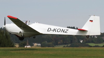 D-KONZ - Scheibe SF.25C Falke - Private