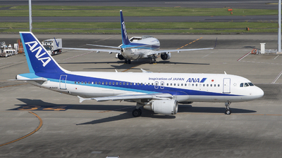 JA8400 - Airbus A320-211 - All Nippon Airways (ANA)