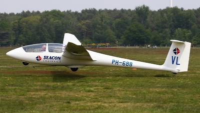 A picture of PH688 - Alexander Schleicher ASK21 - [21020] - © BaszB