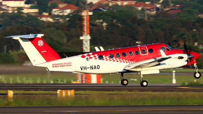 VH-NAO - Beechcraft B300C King Air 350C - Ambulance Service of NSW