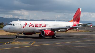 N492TA - Airbus A320-233 - Avianca