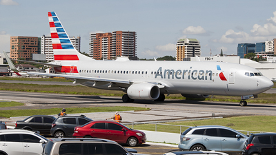 A picture of N987NN - Boeing 737823 - American Airlines - © Brian Boche