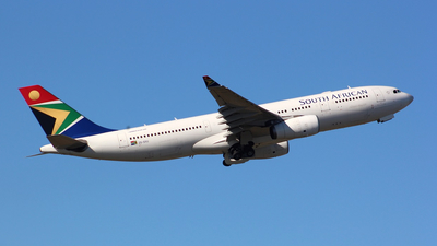 ZS-SXU - Airbus A330-243 - South African Airways